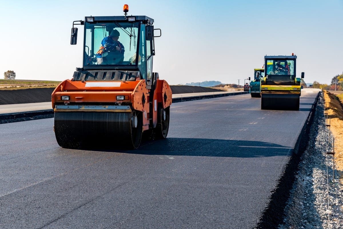 asphalt paver